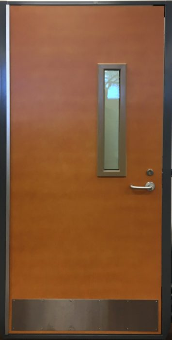 R2P door_CR
